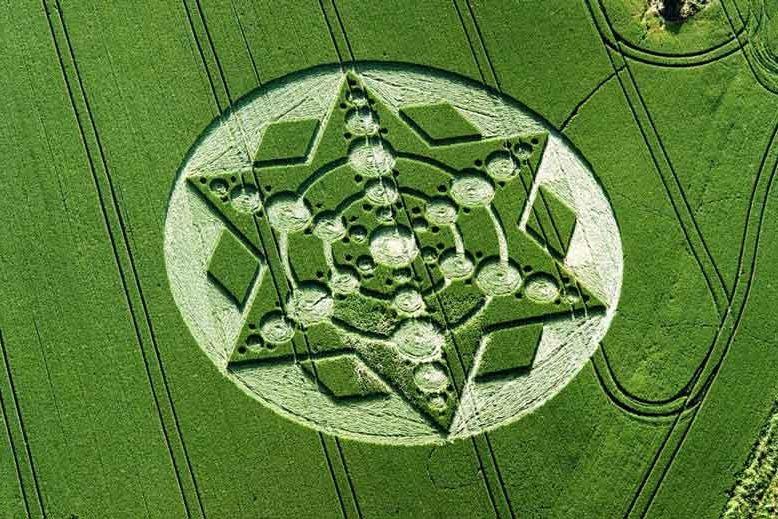 Círculos de las cosechas, Luis FF Simón, escritor